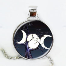 NEWEST Triple Moon Goddess pendant Wiccan jewelry Moon Goddess witch necklaces glass dome choker necklace moon jewellery(China)