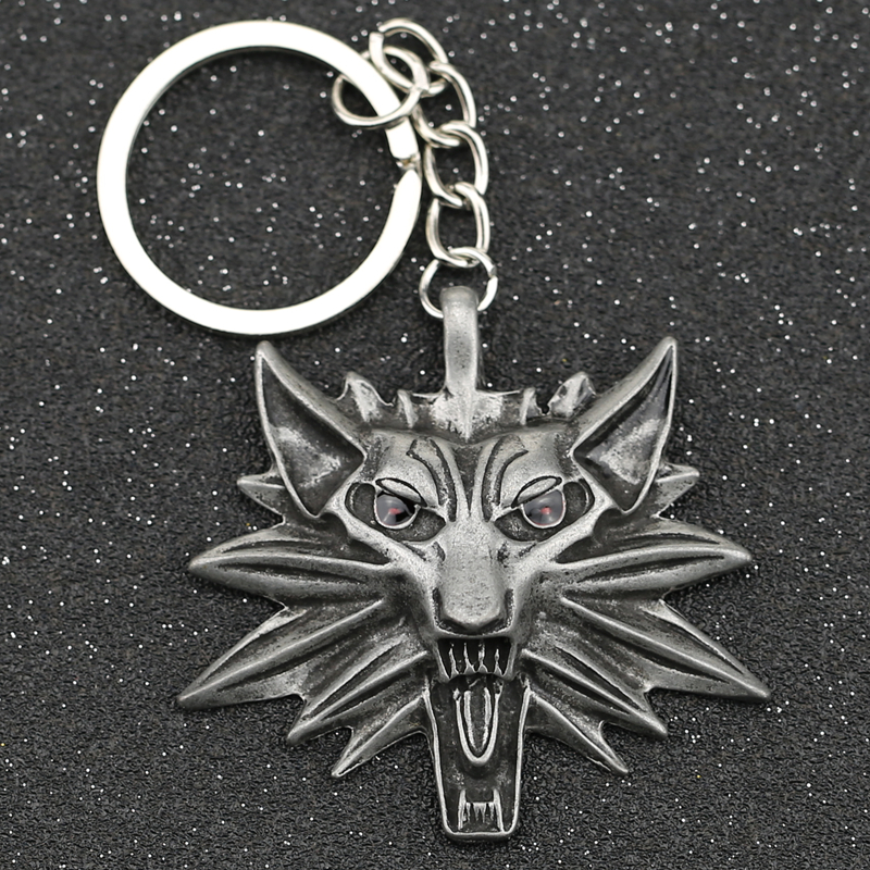 Wolf Keychain Geralt Of Rivia 3 Wild Hunt Medallion Red Eyes Logo Keyring Key Chain Ring Vintage Punk Game Jewelry Men Wholesale