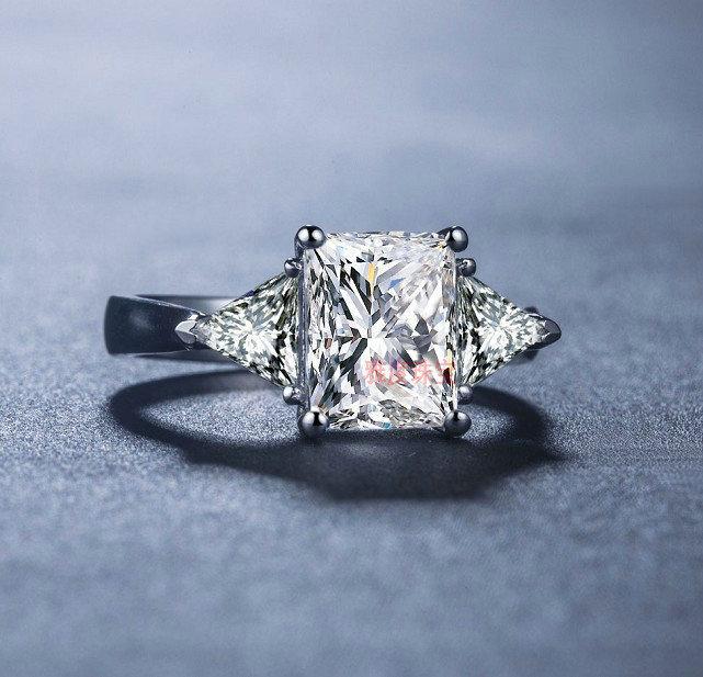 Popular Trillion Cut Diamond Engagement Rings Buy Cheap