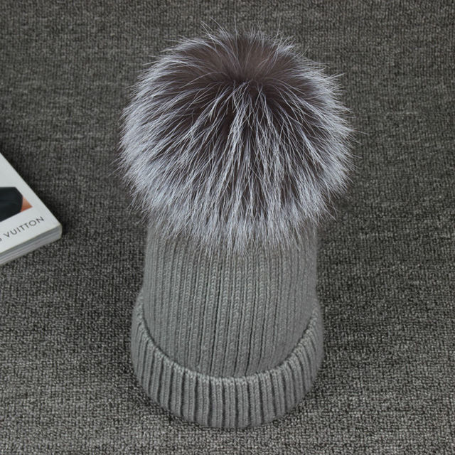 2016 Winter 100% Real Fox Fur  13cm Pompon Benaie New Brand Women Woollen Hats Warm Girl Casual Knitted Caps Skullies Beanies