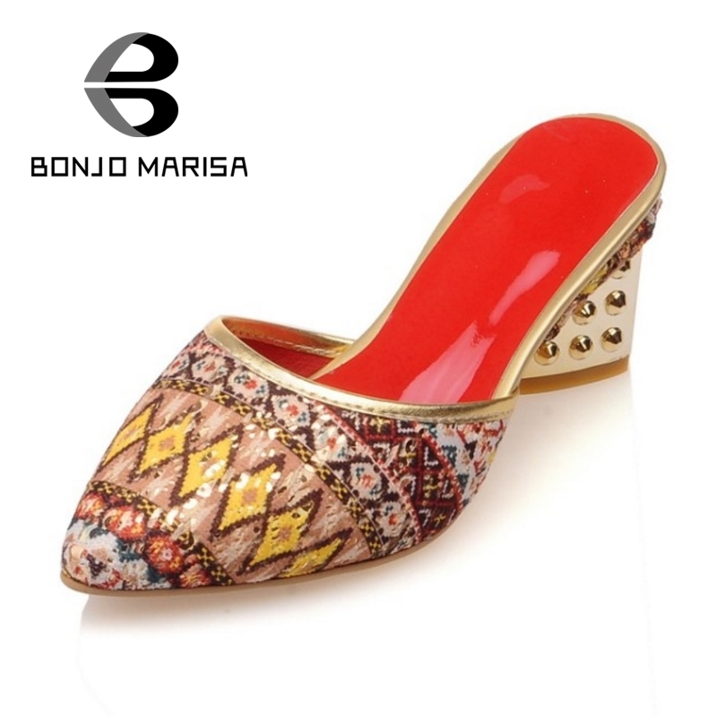 ФОТО BONJOMARISA Bohemia Colorful Print Summer Shoes Woman Pump Rivet Chunky Medium Heels Less Platform Sanals 2017 Big Size 34-43