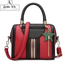 Фотография 2017 Vintage Large Capacity Women Tote Bags Big Female Shoulder Bag Rivet Leather Handbags Women Bags Designer Brand Luxury Sac