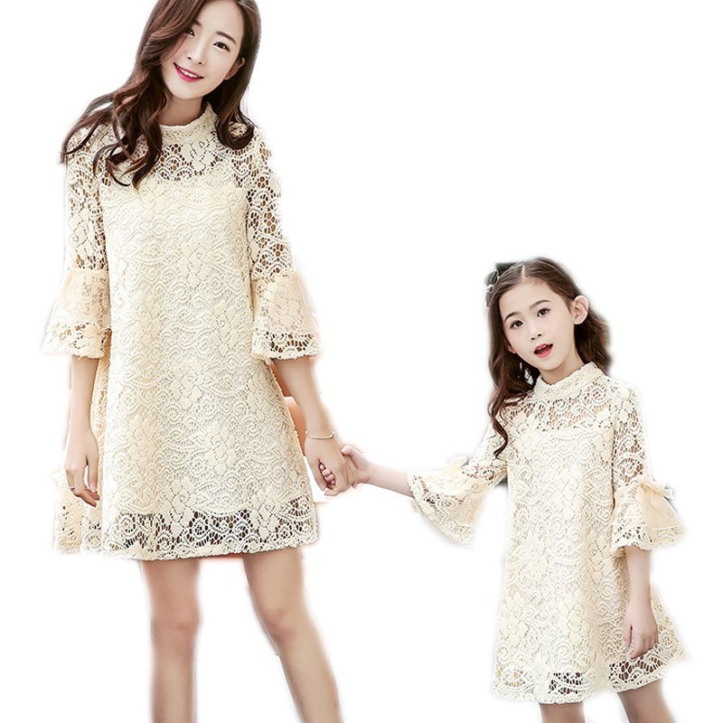 ФОТО 2017 spring matching mother daughter clothes bow lace trumpet sleeve mother daughter dresses family look for wedding party dress