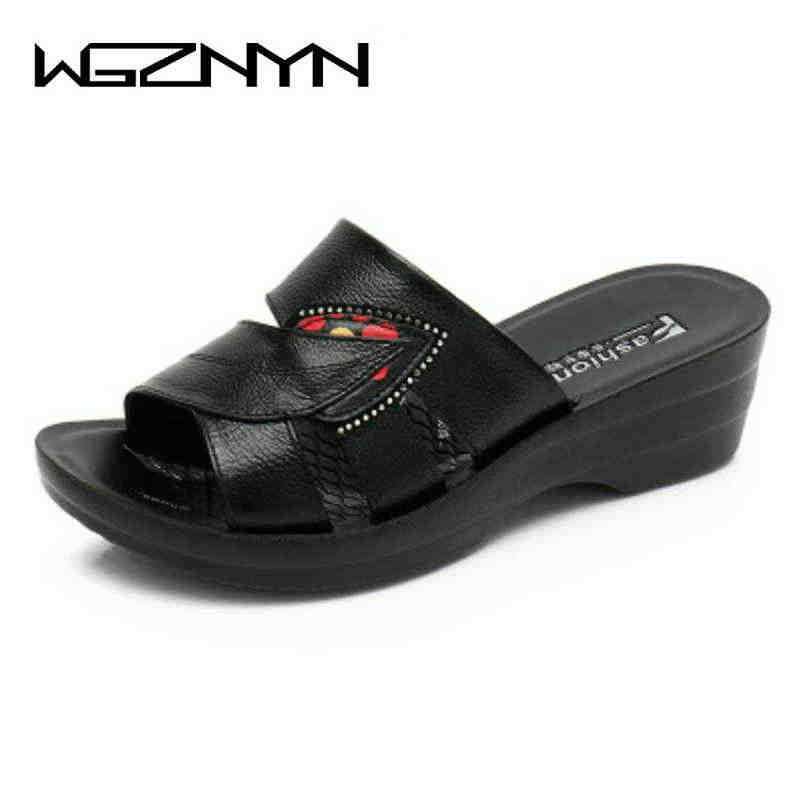2019 New Hot Sale Shoes Woman Summer Slip On Leather Open Toe Sandals Women Flip Flops Wedges Platform Ladies Beach Shoes W405