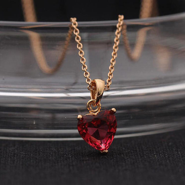 1d6fc60db OL Style Cute Charms Heart Necklace AAA+ Premium Simple Red Zircon Love  Pendant Rose Gold C Clavicle Chain Jewelry For Women