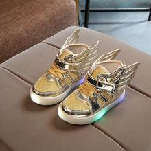 Новинка года; сезон весна; детская повседневная обувь с высоким берцем для мальчиков и девочек; Светодиодный светильник; Детские нескользящие спортивные кроссовки; детская светящаяся обувь