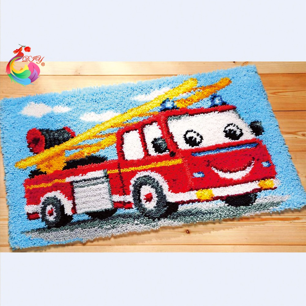 Latch hook rug kits tool kit in a suitcase needlework thread carpets and rugs stair carpet mats New Year decoration