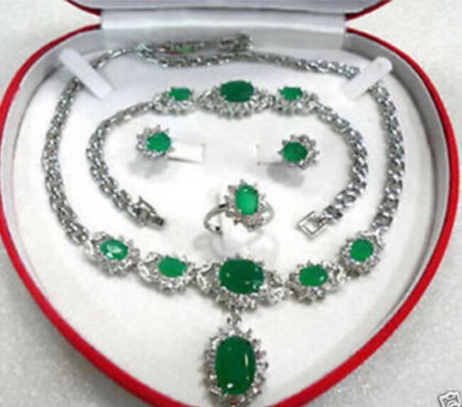 Ensemble de boucles d'oreilles en forme de bracelet en pierre verte 00561