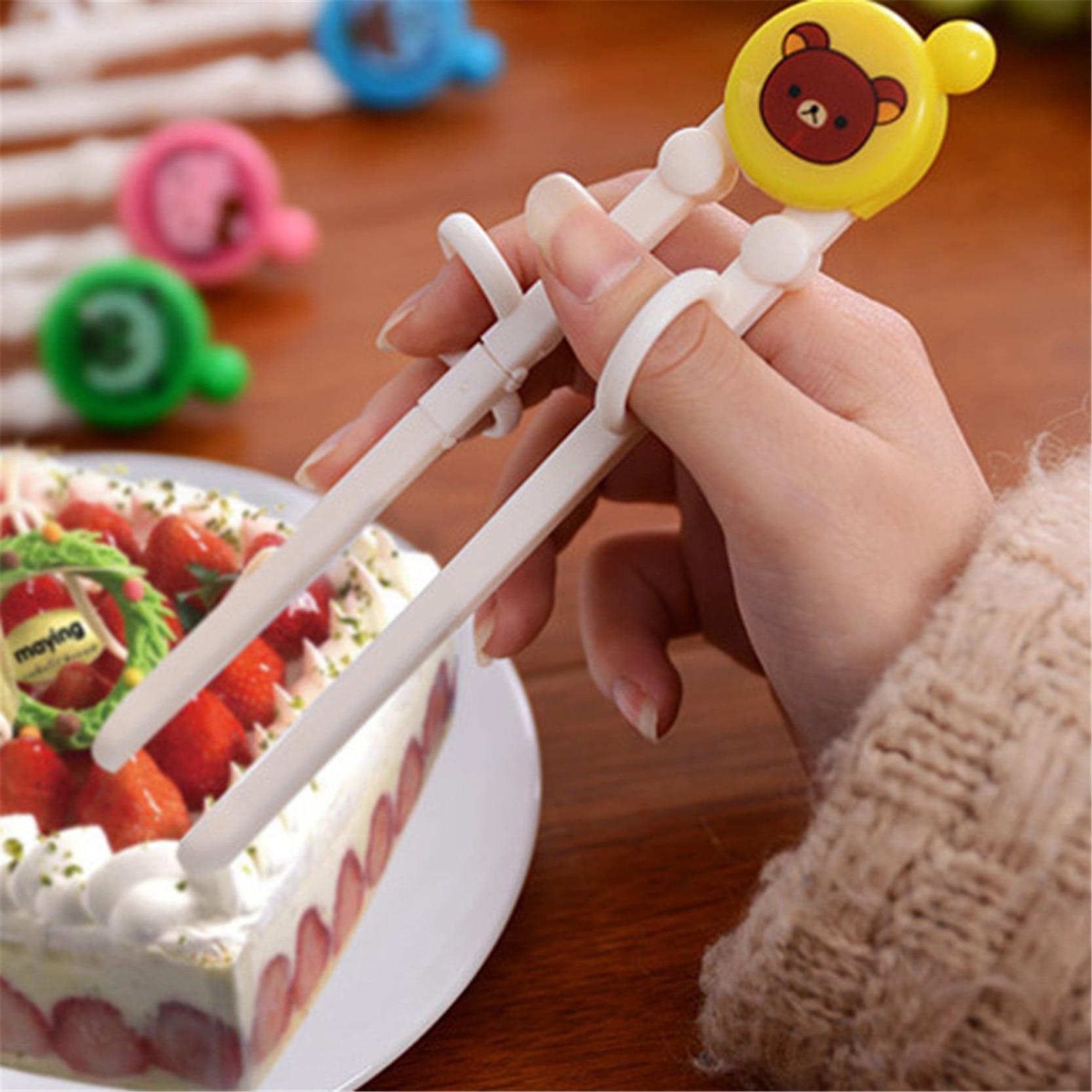 Chopsticks Training Sumpit Latihan Anak Motif Lucu 1 Pcs Daftar Ahm011 Belajar Untuk Balita Cartoon Style Kids Children Early Learning Designed Baby Enlightenment 2016 Random Color