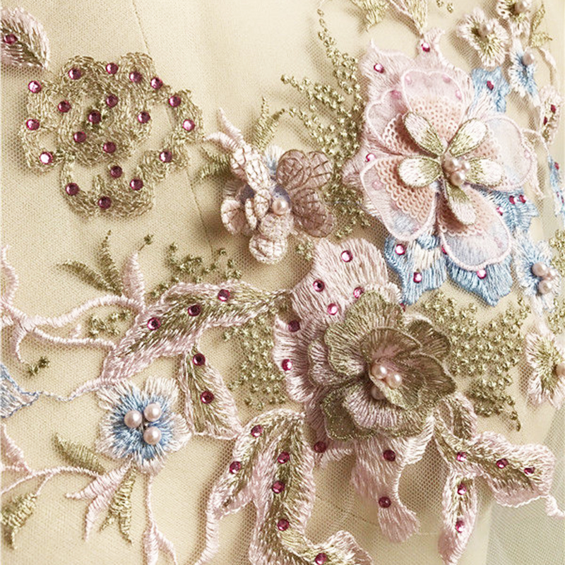 Hot 1pc Lace Bridal Beaded Flowers Embroidery Patches Sticker for Clothes Wedding Decor Dress Iron on Sewing Applique Suppliers