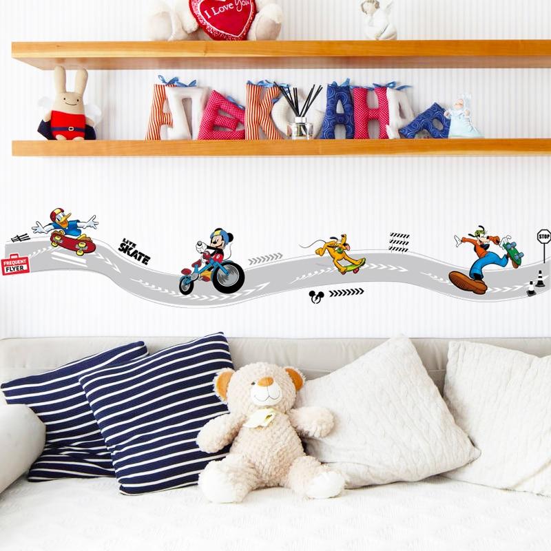 Mickey Maus Skateboard Kreative Skiting Linie Für Küche Kinder Kinder  Schlafzimmer Wandbild Dekorative Wandaufkleber Dekor Sport Aufkleber In  Mickey Maus ...