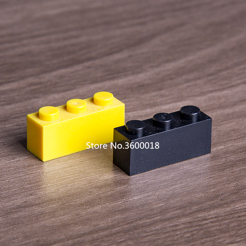 LEGO Lot of 12 Yellow 1x3 Basic Building Brick Pieces