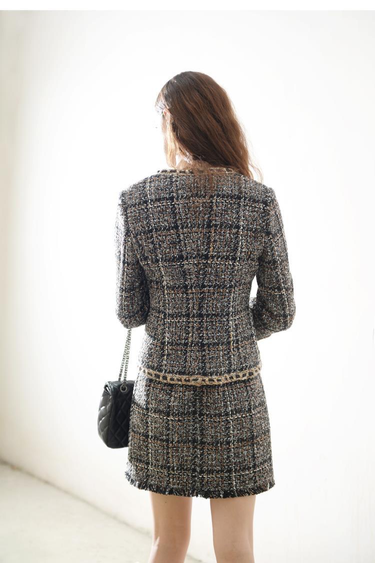 HTB1BPv QpXXXXXAXXXXq6xXFXXXa - Luxury Brand Women's Tweed Sleeveless Plaid Dress 2018 Winter or Spring Elegant Round Neck Slim A-Line Based Dress