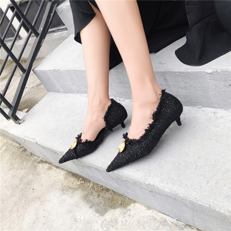 Bout Black De Mode red Décor Luchfive En Talons Tissu Boucle White Peau Chaussures Printemps black Tricoté 2019 Chaton Métal Pointu Femmes Pompes Casual Mouton 8tRqO1
