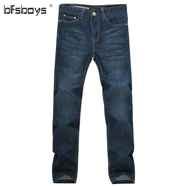 2016 Moda de Nueva Hombres Pequeños Pantalones Vaqueros de Cintura Recta de Cuatro Estaciones Pantalones de Mezclilla Retro Jean de Marca de Alta Calidad Delgada Suavizante de Jean
