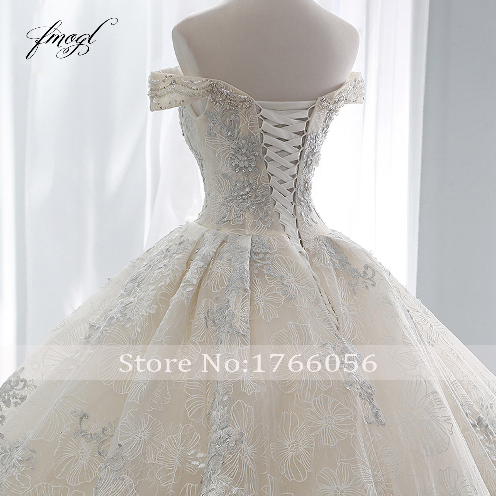Image 5 - Fmogl Sexy Boat Neck Lace Ball Gown Wedding Dresses 2019 Appliques Beaded Chapel Train Vintage Bridal Gown Robe De Mariage-in Wedding Dresses from Weddings & Events