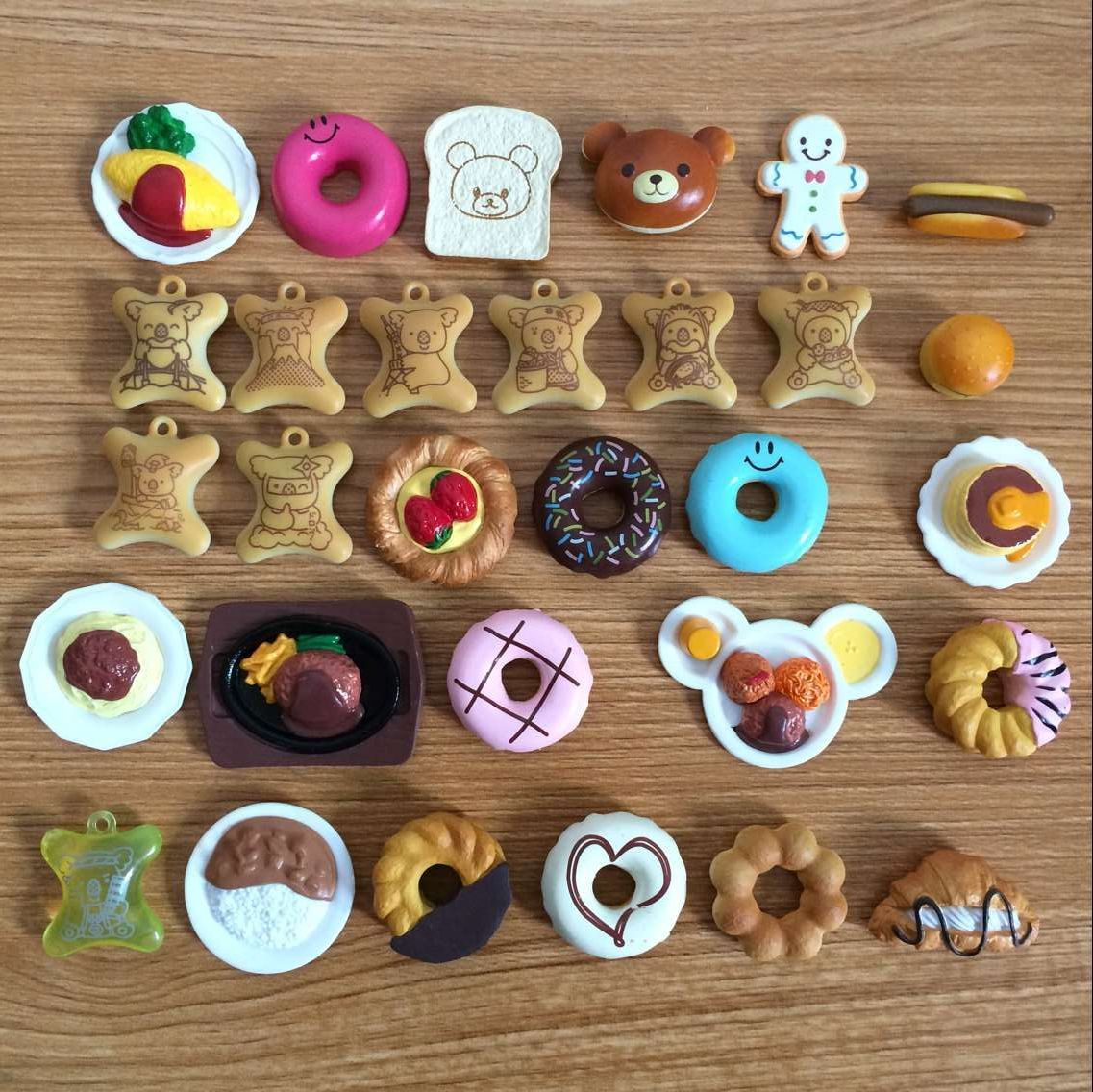 10Pcs/Set Cute Eat Biscuit Cake Donuts Doll House Toy Halloween Christmas Pretend Play Games Toy For Children Gift