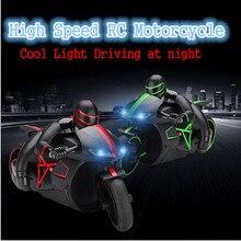 2016 Nova moto RC 4CH 2.4G de alta velocidade de deriva dublê brinquedo de controle remoto das crianças com pneu de borracha anti-derrapante e Levou luz