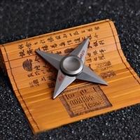 2017 Fidget Vinger Tri Spinner Darts Naruto Kunai Batman Darts Metalen Batman Hand Spinner Cosplay Draaibaar