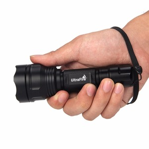 Image 3 - UltraFire LED Taschenlampe XP E2 Rot Taschenlampe Jagd Nacht angeln taktische taschenlampe 630nm Zoom Scheinwerfer LUZ 18650 Taschenlampe