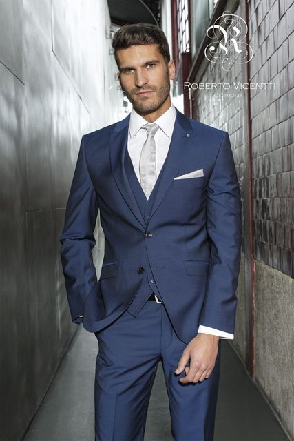 b60034ef3a6c Di alta qualità uomo alla moda in 2018 royal blue vestito sottile dello  sposo best man