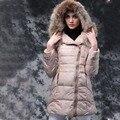 2016 Mulheres Da Moda Casacos de Inverno Para Baixo Gola de Pele De Guaxinim Com Capuz de Manga Comprida Outerwear Fêmea Magro Quente Brasão Chaqueta Mujer