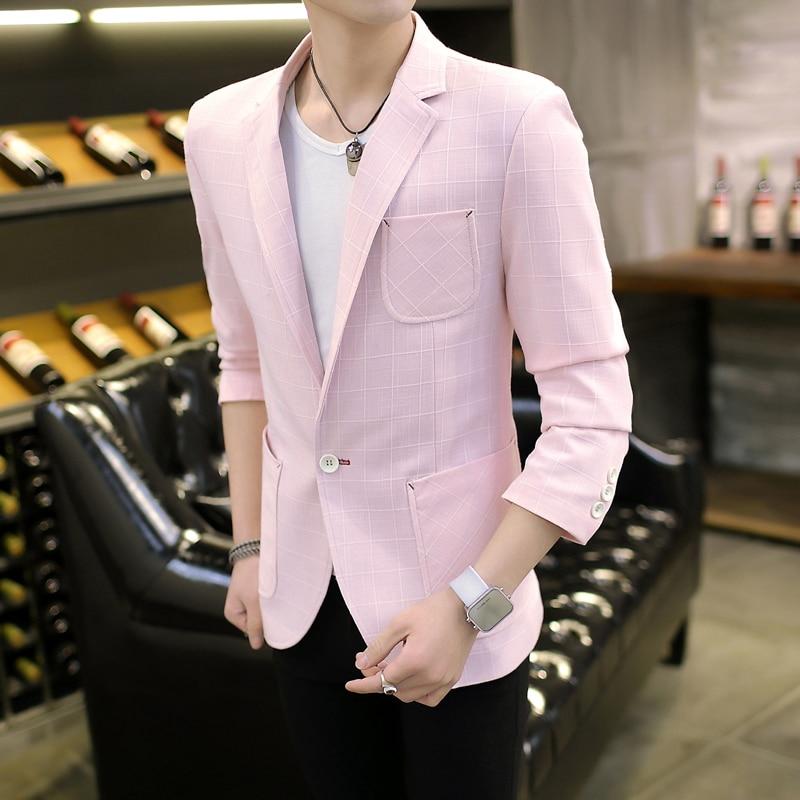 4e5d9d44c00e2 Mens blazer 2017 nueva slim fit a cuadros de color rosa chaqueta de traje  coreano moda blue sky chaqueta Masculina chaqueta informal solo pecho  tamaño M 3XL ...