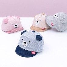 Новая Детская кепка с рисунком медведя из мультфильма, весенне-летняя детская регулируемая бейсболка, хлопковая кепка для новорожденных, мягкая солнцезащитная Кепка, аксессуары для детей 3-12 месяцев