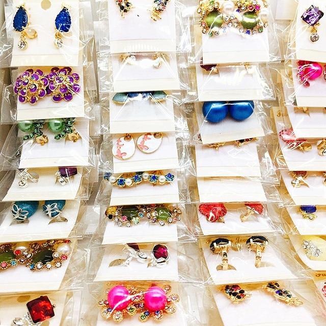 도매 60 쌍 모듬 된 여성 패션 쥬얼리 아름다운 라인 석 귀걸이 스터드 귀걸이 믹스 스타일