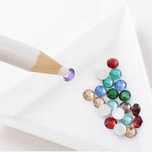 10Pcs-Triangle/Round Rhinestones-Beads Crystal Nail Art Sorting Trays Plastic
