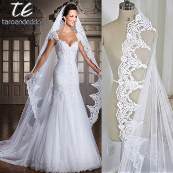 40cc4cc2ef Blanco marfil de 3 M de longitud de la catedral de encaje borde cabeza de novia  velo boda velo accesorios velos de novia