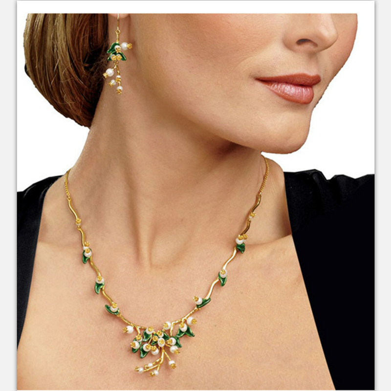 2018 nouveauté bijoux fins ensembles avec collier et boucles d'oreilles top qualité perles naturelles accessoires élégants pour les femmes