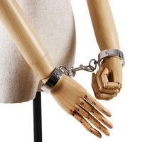 Bạc Thép Không Gỉ Còng Tay và mắt cá cuffs với Khóa, kim loại wrist cuffs cho quan hệ tình dục kiềm chế kim loại còng tay với chainHands c