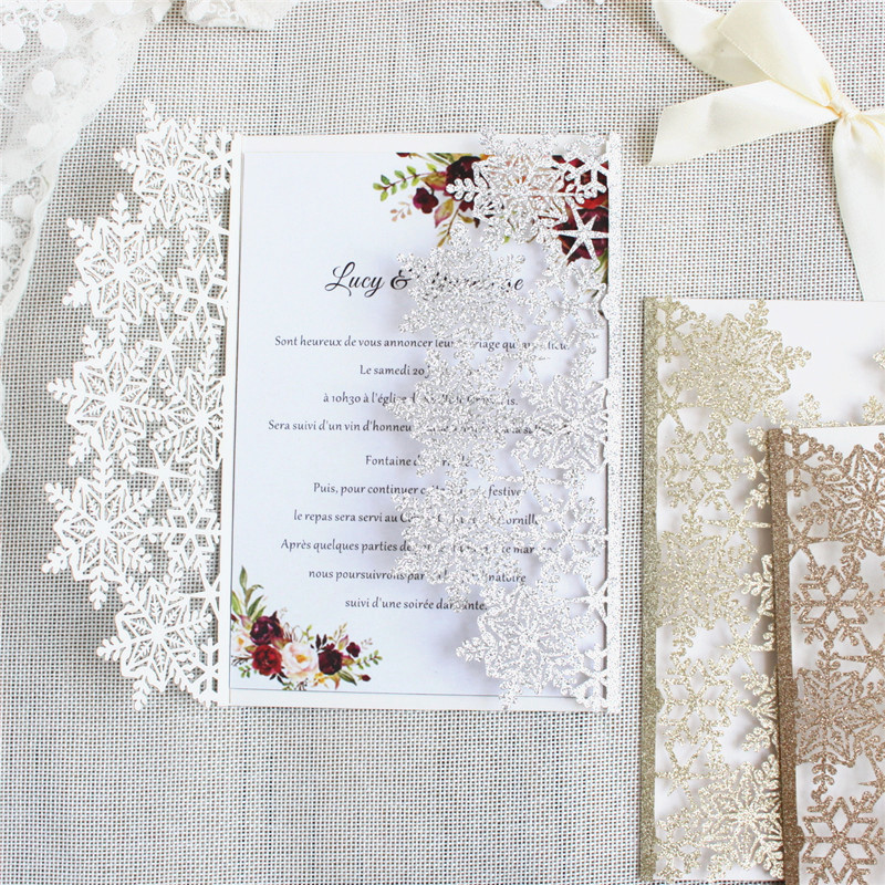 Glittery เลเซอร์ตัดเกล็ดหิมะคำเชิญ rose gold silver bling งานแต่งงานชุดการพิมพ์ที่กำหนดเอง 50pcs-ใน การ์ดและบัตรเชิญ จาก บ้านและสวน บน   1