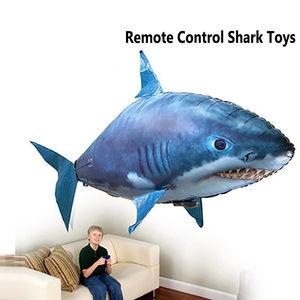 Image 5 - 1pcs אוויר שחייה דגי צעצועי Drone RC כריש דגי ליצן בלונים נמו מתנפח עם הליום מטוס צעצועי מסיבת ילדים חג המולד מתנה