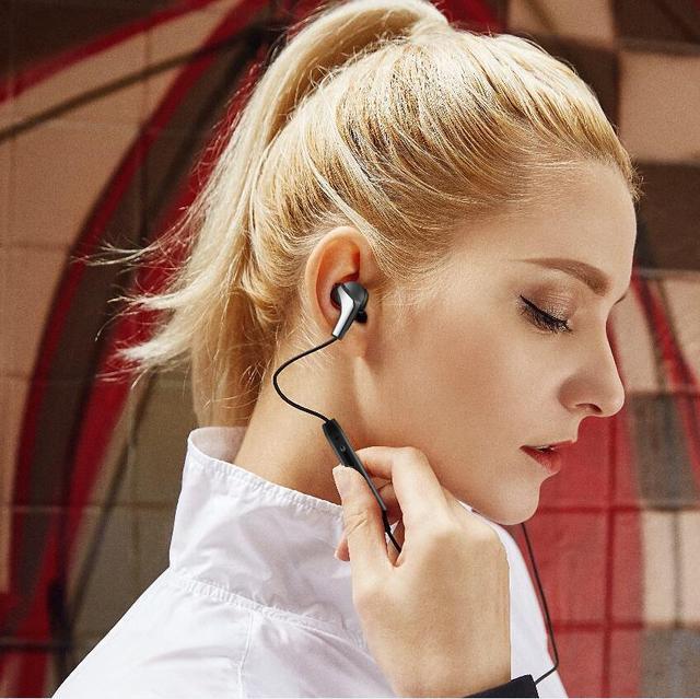 Langsdom R29 In-Ear Headphones 5