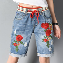 Elastic Waist Ripped Denim Jeans Woman Summer Flowers Embroidery Jeans Shorts Plus Size Casual Short Pants Loose Capris C3366