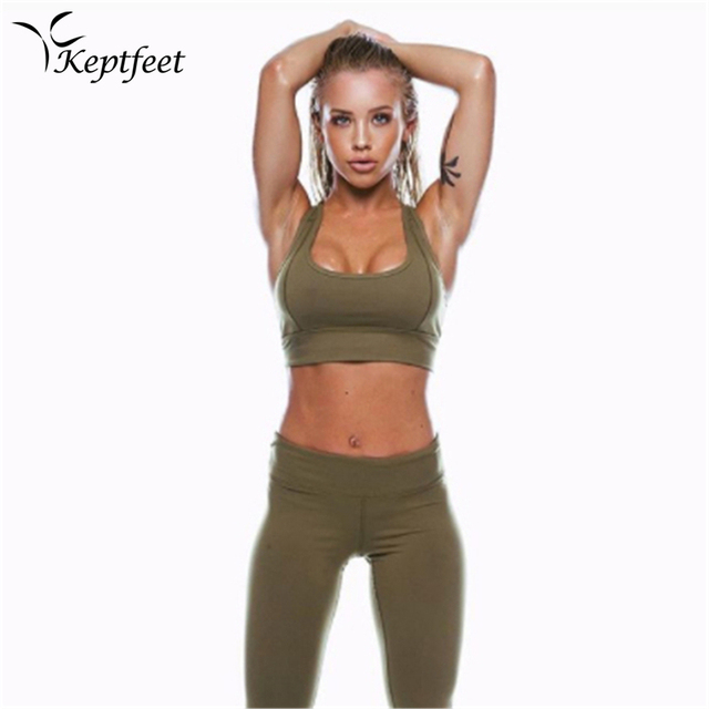 8ab248c2be927 2018 New Sexy 2Pcs Solid Color Women's Sport Wear Gym Yoga Vest Bra Sports  Legging Pants Outfit Set Green Clothes