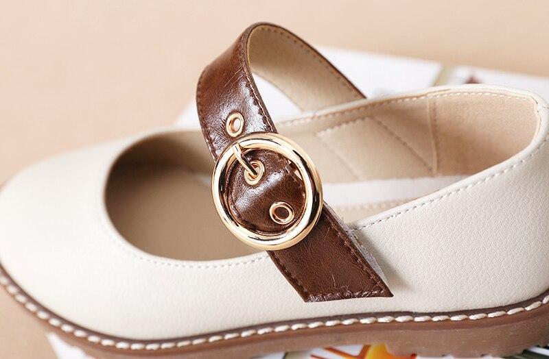Sapatos de Desempenho Dos Alunos