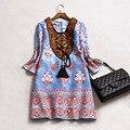 Женщины Весна Dress 2017 Мода Элегантные Вышивка Национальный Цветочным Принтом Линии Платья Вскользь Уменьшают Three Четверти Рукав Dress