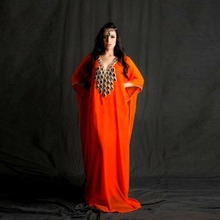 Newest Orange Middle-East Evening Dress Shining Peacock Crystal Beaded V-Neck Dubai Kaftan Prom Dress Arabic Formal Party Gowns