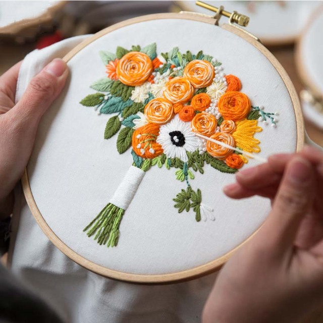 Flower Bouquet Embroidery Kits For Beginner With Frame Embroidery