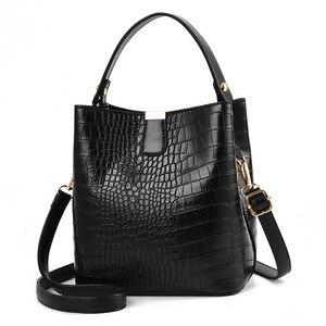 Image 1 - Large Capacity Bucket Bags Women Crocodile Pattern Handbag High Quality PU Leather Shoulder Messenger Bags Ladies Casual Totes