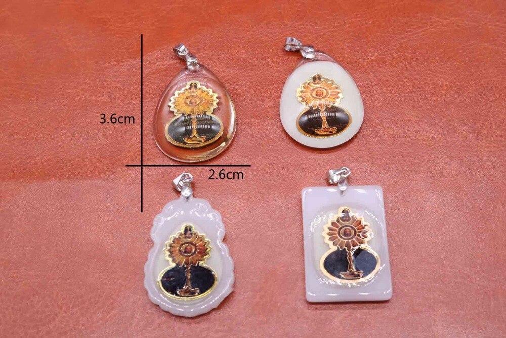 Wholesale 10pcs religious glass Jesus pendant. Jesus imitated glass pendant. Holy Grail Jesus head portrait.