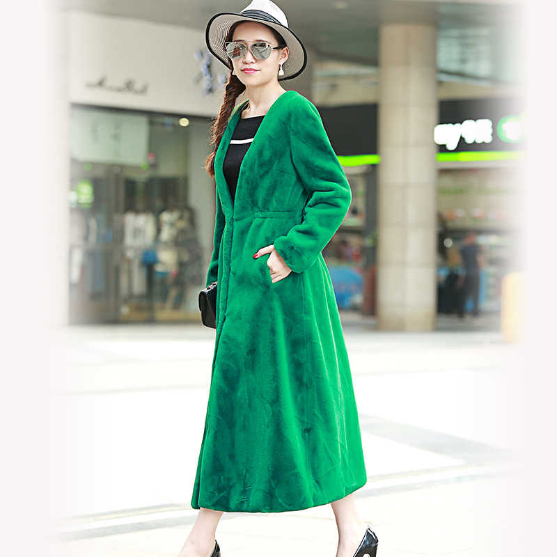 Nerazzurri casaco de pele do falso das mulheres alta qualidade v profundo pescoço outwear extra longo plissado fino elegante verde falso pele de coelho casaco