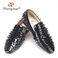 Piergitar 2017 new black patent leather men handmade shoes with different shapes of rivets Fashion Party men loafers men's flats