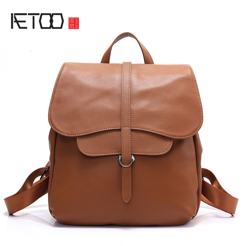 AETOO Leather 2017 new retro shoulder bag head layer leather trend fashion ladies travel backpack aetoo retro leatherbackpack bag male backpack fashion trend new leather travel bag