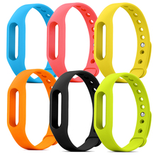 купить Silicone Strap For Xiaomi Mi Band Smart Band Replacement Strap Belt For Miband 1 1S Bracelet Wrist Strap Wearable Accessories дешево