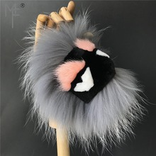 fd5d1ff345aea Magicfur-Szary Istny Fox Futra norki Potwór Pomponem Torba Piłka Bugs Urok  Mody Torebka Brelok