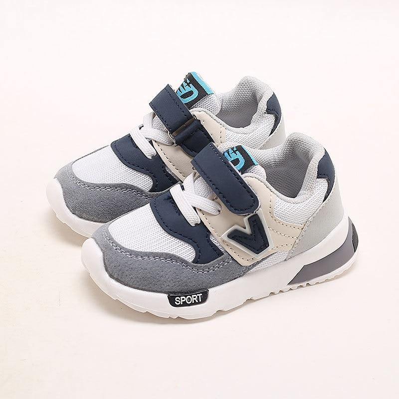 Schnelle Lieferung Neue Mode V Stil Baby Casual Schuhe Schuhe Sport Komfortable Weiche Baby Turnschuhe Unisex Freizeit Mädchen Jungen Schuhe